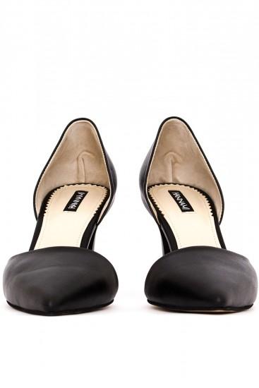 Pantofi negri cu toc mediu