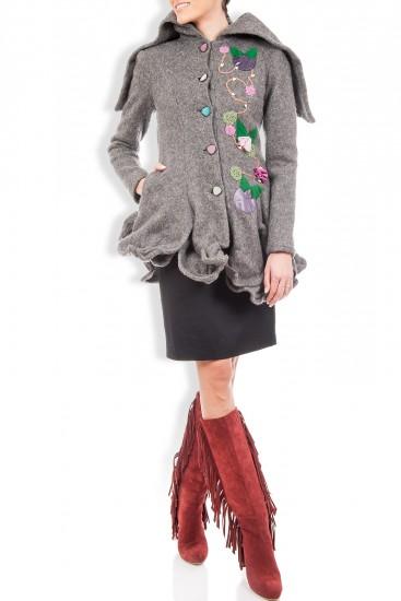 Palton lana gri cu gluga si aplicatii manuale