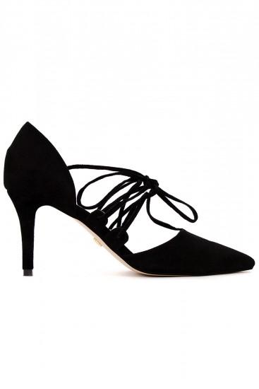 Pantofi negri cu toc sireturi si varf ascutit