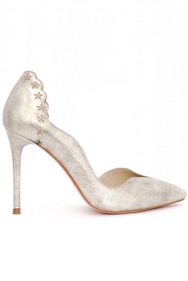 Pantofi stiletto piele metalizata cu detalii florale