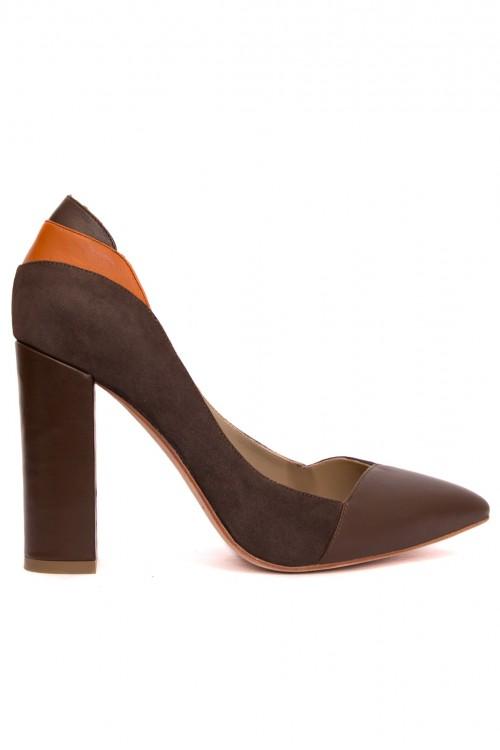 Pantofi maro cu toc gros