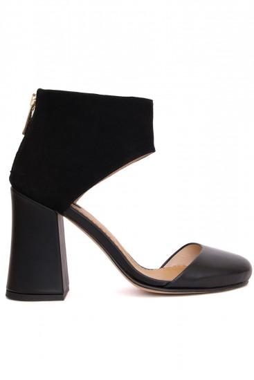 Pantofi negri cu toc gros si varf rotund