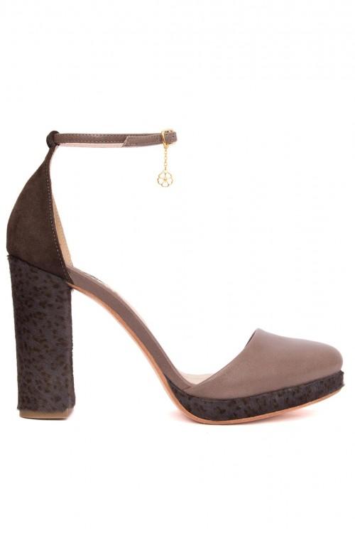 Pantofi maro cu platforma Retro Chic