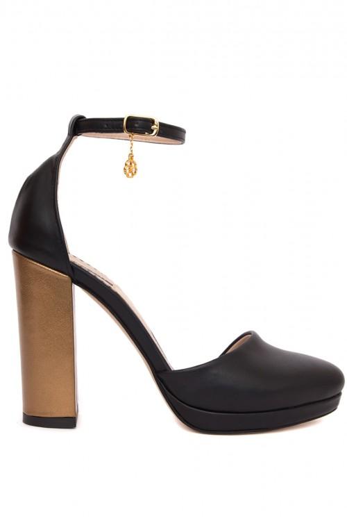 Pantofi negri cu platforma Special Hope