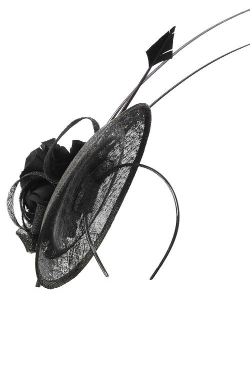 Palarie eleganta din sinamay cu triplu voal si pene