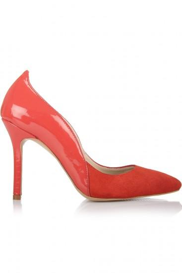 Pantofi stiletto rosii din piele intoarsa si lacuita
